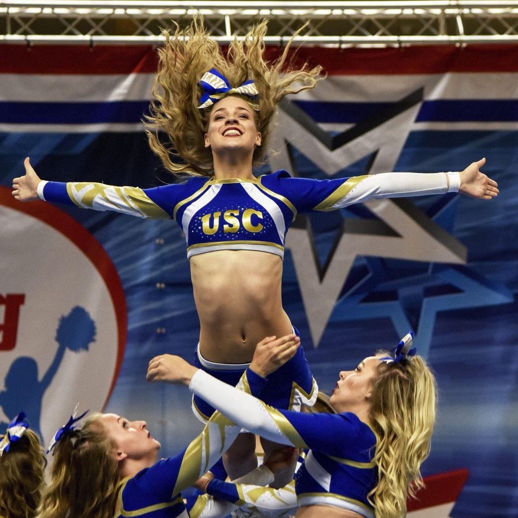 Bedrijfsreportage cheerleader wedstrijd